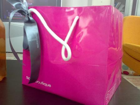 Another view of the bag... already opening my appetite :D
